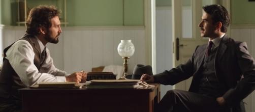 Cristóbal habla con el inspector Velasco /Tve1