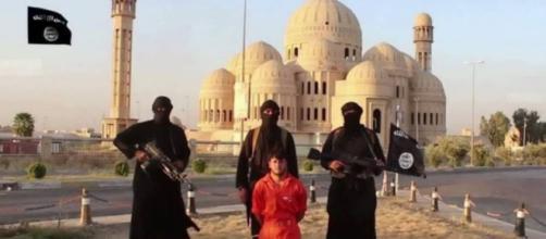 Un editor video rivela di aver realizzato filmati di propaganda attribuiti ai nemici per conto degli Stati Uniti (Foto di repertorio)