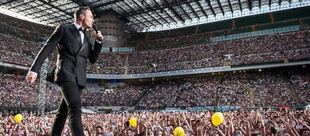 Il concerto a San Siro di Tiziano Ferro diventa un live dvdIl ... - thefrontrow.it