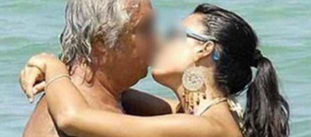 Mulher casa com rico e descobre que ele é seu avô
