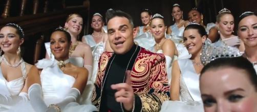 La Russia censura Robbie Williams