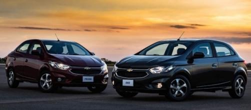 Chevrolet Onix, modelo mais vendido do país; renovada, dupla da GM formada pelo hatchback e pelo Prisma segue na liderança