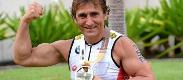 Alex Zanardi senza limiti: si migliora di 7' nell'IronMan - Iron ... - eurosport.com