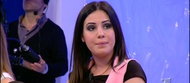 Giulia De Lellis: piovono critiche durante Mattino 5 - gossipblog.it