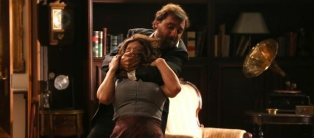 Il Segreto: Candela strangolata da Arsenio
