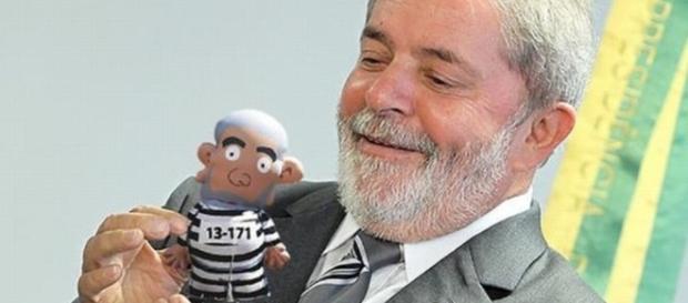 O juiz Sergio Moro continua implacável, um problema sério para Lula