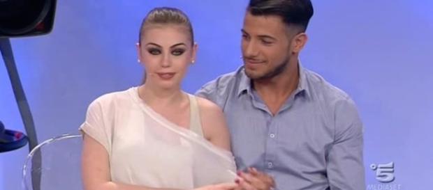 Uomini e Donne replica oggi 6 ottobre con Aldo e Alessia