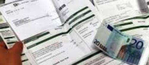 Agente versa per errore centomila euro al fisco