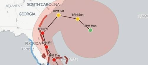 Le parcours de l'ouragan Matthew : il pourrait, sous l'influence de celui de Nicole, revenir sur la Floride la semaine prochaine
