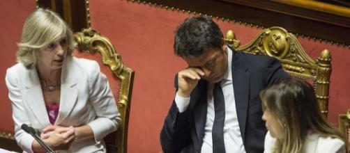 Ultime notizie scuola, venerdì 7 ottobre 2016: il premier Matteo Renzi e il ministro Stefania Giannini - foto gildavenezia.it