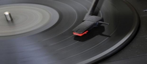 El ruido del disco que te atrapa.