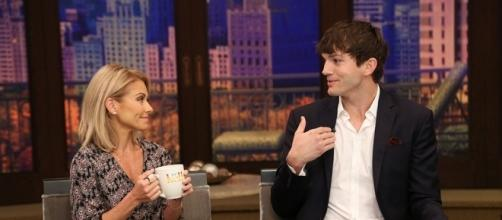Ashton Kutcher whispered in Kelly Ripa's ear the name of he and Kunis' new baby boy's name