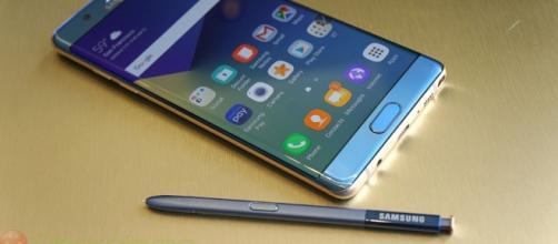 Galaxy Note7: negli USA proposto incentivo di 100 dollari - ubergizmo.com