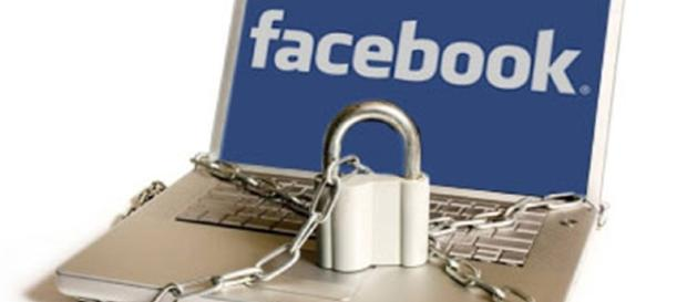 Facebook teria descumprido uma ordem da justiça.
