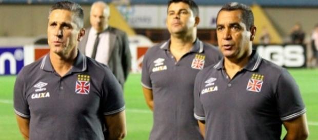 Jorginho está sendo criticado no Vasco, que enfrenta o Londrina