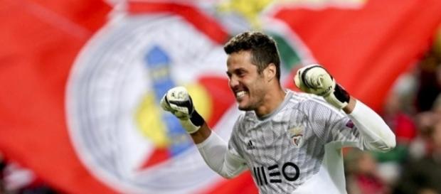 Júlio César vai marcar presença no jogo frente ao Santos
