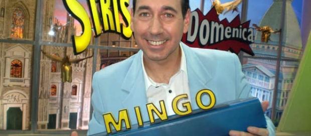 """Mingo, ex inviato di """"Striscia la notizia"""" ha sganciato una bomba sul suo contratto con il programma di Antonio Ricci"""