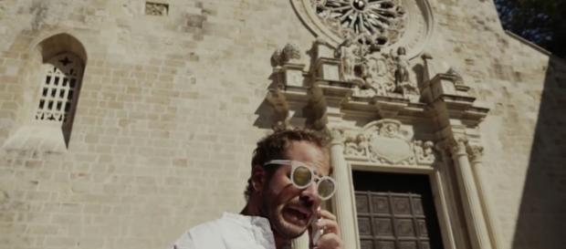 Una scena del video su Briatore, firmato Pezzulla.