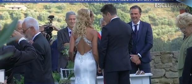 Annalisa e Michele si sposano con rito civile