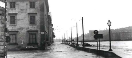 Alluvione di Firenze: cinquanta anni dopo