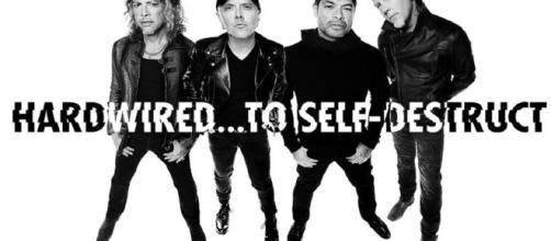 Metallica vuelve con sendos vídeos y canciones que no han dejado mal al fanático.