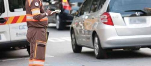 Multas de trânsito ficam até 900% mais caras a partir desta terça-feira.