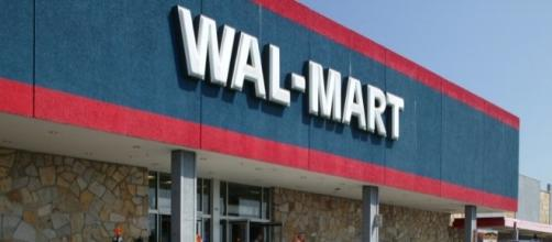 WalMart Black Friday TV, Laptop and Computer Deals, 2016. Photo: Blasting News Library - nerdwallet.com