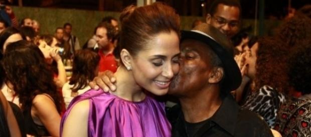 Camila Pitanga e o seu pai são muito próximos