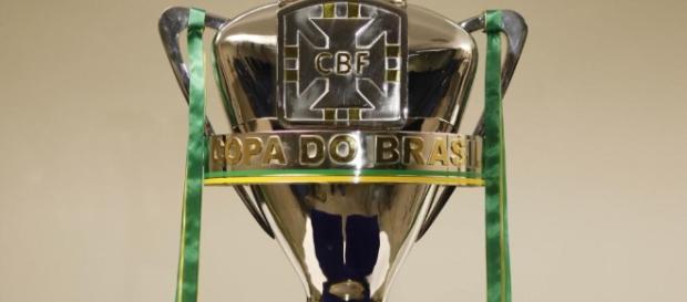 Minas Gerais e Rio Grande do Sul disputarão o troféu da Copa do Brasil 2016 (Foto: CBF/Divulgação)