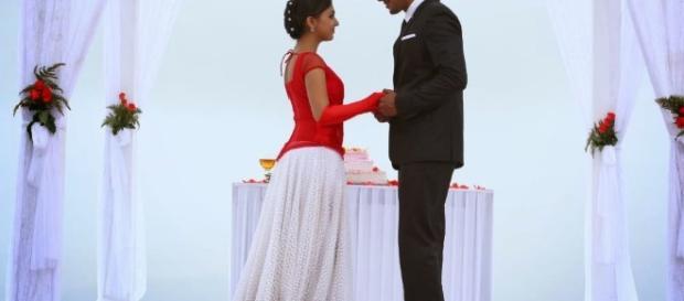 LATEST INDIAN WEDDING SILK SAREE,JEWELLERY,WEDDING HAIR STYLE ... - blogspot.com