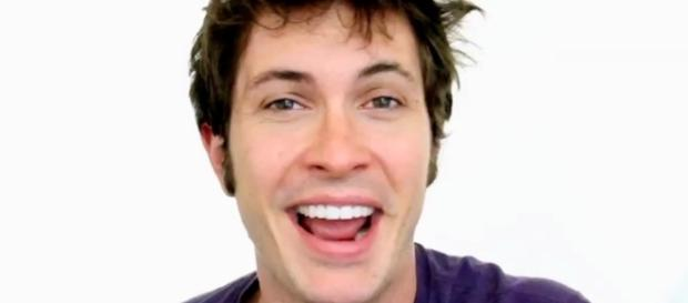 Photo of Toby Turner, via Wikihow