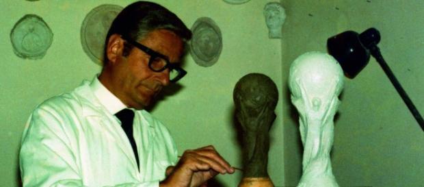 Silvio Gazzaniga al lavoro sulla Coppa del Mondo.