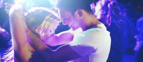 As diferenças entre fazer amor e ter somente prazer.