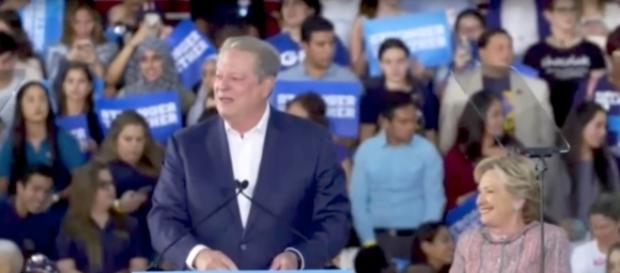Al Gore stumping with Hillary Clinton in Florida. YouTube (Screencap-Hillary Clinton Speeches & Events)