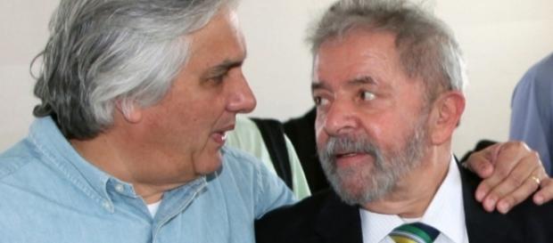 Delcídio do Amaral e Lula durante encontro