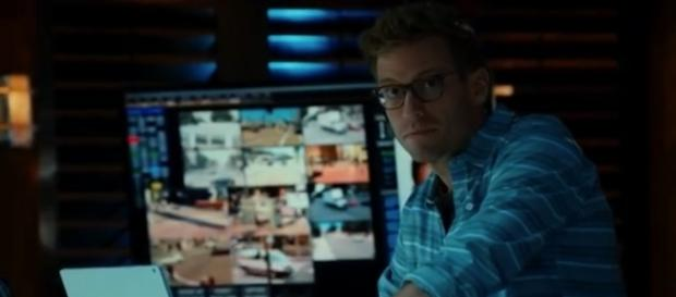 Eric (Barrett Foa) in 'NCIS: LA'/Photo via screencap, 'NCIS: LA'