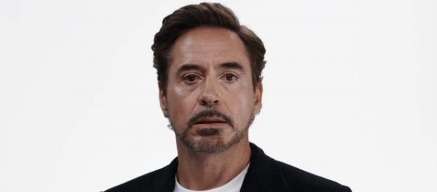 L'attore Robert Downey Jr uno dei protagonisti del video anti-Trump Save The Day