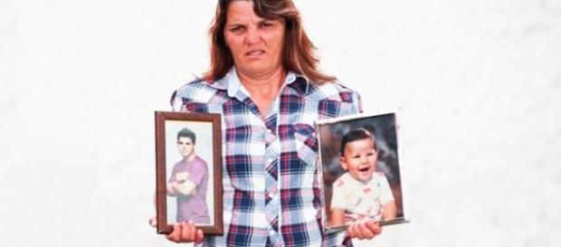 Filho dessa pobre Mãe é um dos melhores jogadores do mundo e recebe milhões.
