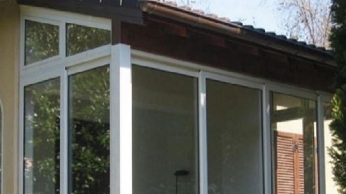 Coprire Terrazzo Con Veranda veranda abusiva: dopo quanti anni scatta la prescrizione e