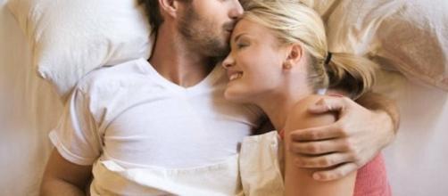 Coisas que as mulheres têm o hábito de fazer e os homens adoram