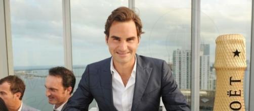 "Moët & Chandon ""Tiny Tennis"" with Roger Federer - World Red Eye ... - worldredeye.com"