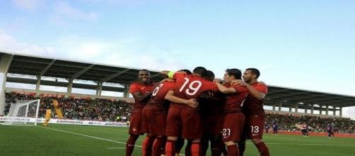 Portugal e República Checa defrontam-se no Estádio do Bonfim