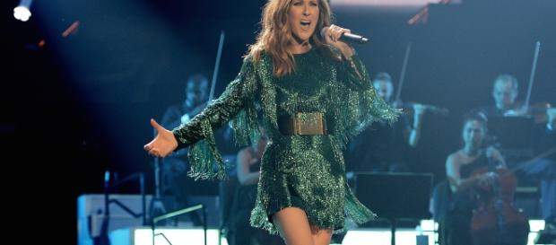 Celine Dion colpita da infezione virale: stop ai concerti