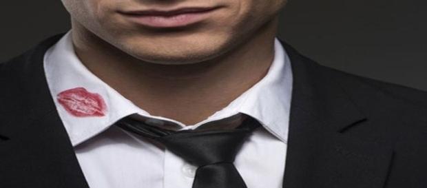 Comportamentos que revelam quando um homem é infiel
