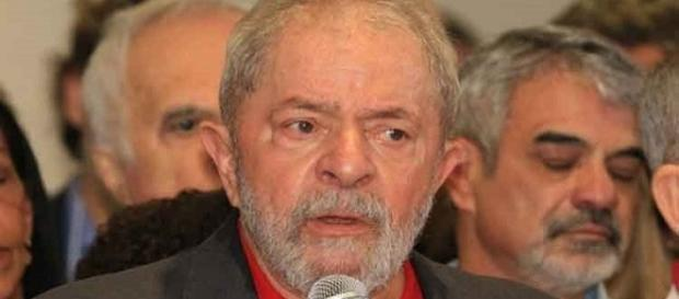 Marcelo Odebrecht deixa ex-presidente Lula vulnerável a prisão.