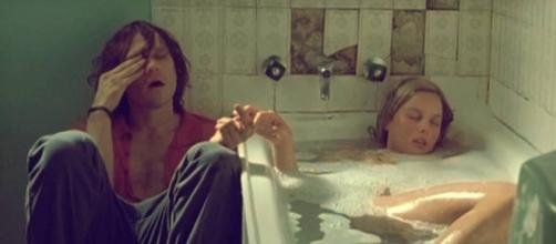 Escena de la película Candy en donde se ven a los dos protagonistas