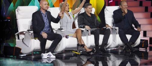 Tu si Que Vales 2016 sospeso da Canale 5?