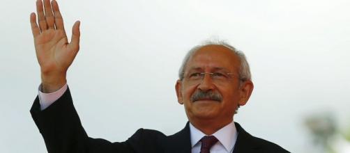 Turquie : le CHP favorable à une coalition sans l'AKP | euronews ... - bce.lu