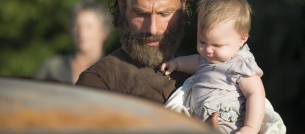 Rick Grimes e sua filha Judith