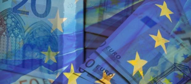 Tasse: gli italiani pagano quasi 1.000€ in più all'anno rispetto alla media Ue